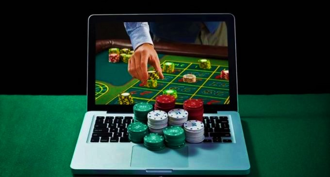 Strategi Bermain Poker IDN